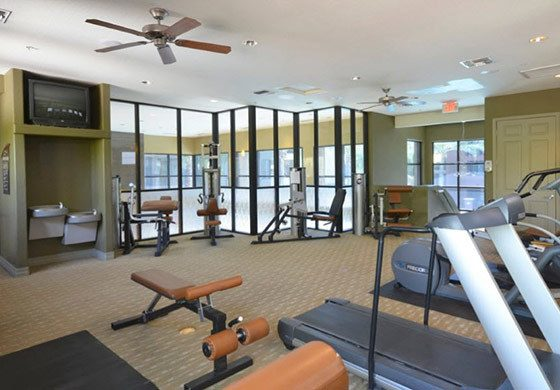 Apartments in Phoenix with a fitness center