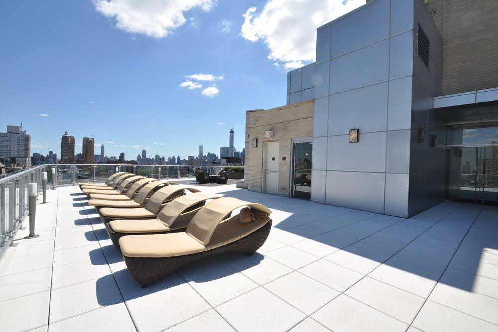 Rooftop terrace with beautiful Upper West Side New York views
