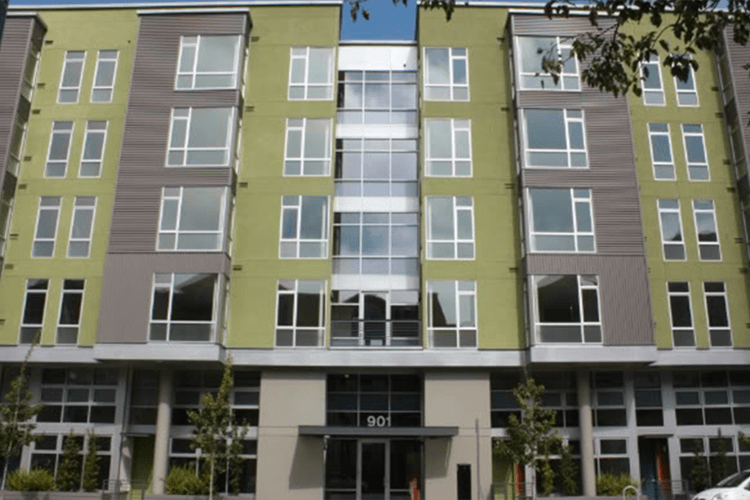 Exterior view of our Oakland apartments