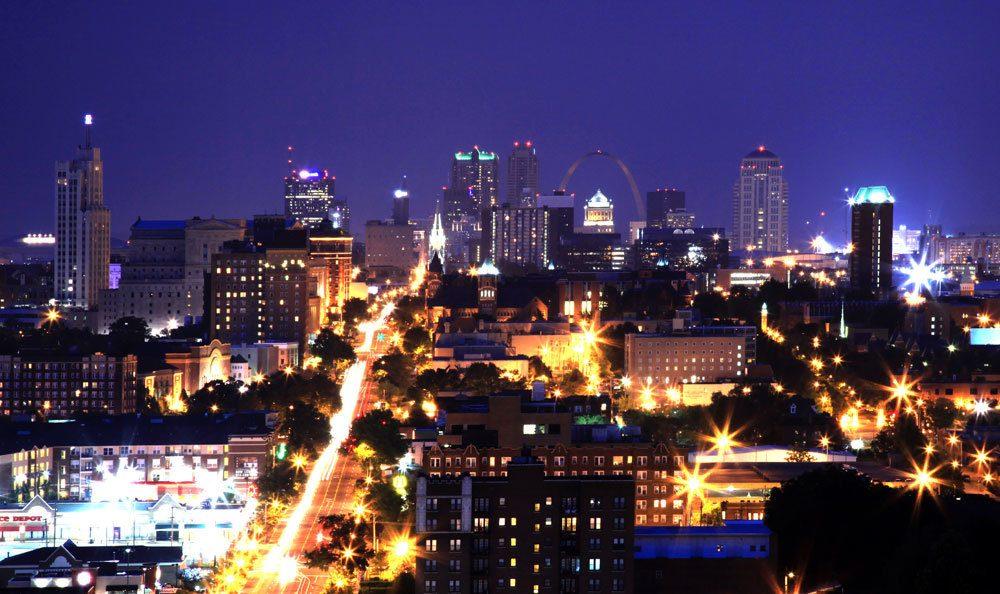 St Louis apartment cityscape