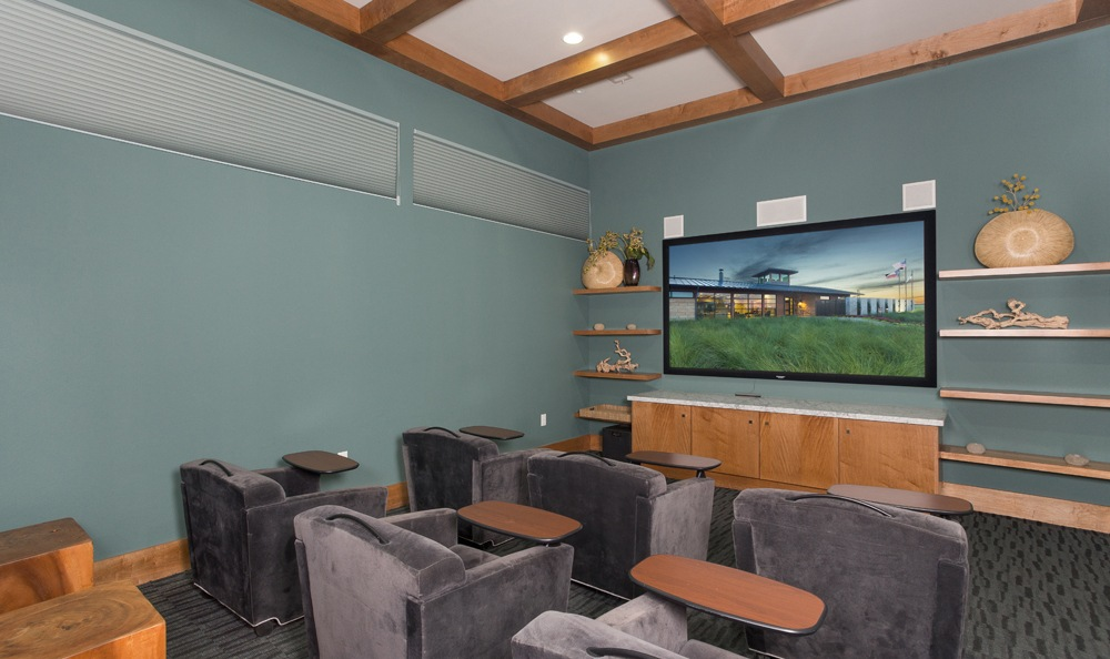 Photos of the pradera in richardson tx apartments for Apt theater schedule
