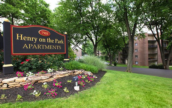 Philadelphia apartments signage