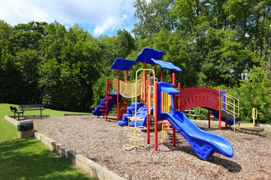 Laurel Maryland apartments offering a play ground