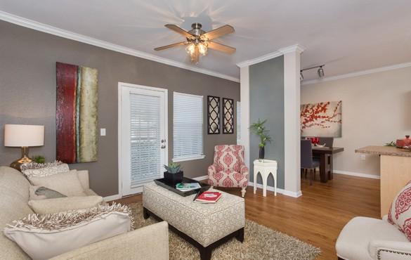 Austin TX apartment community amenities