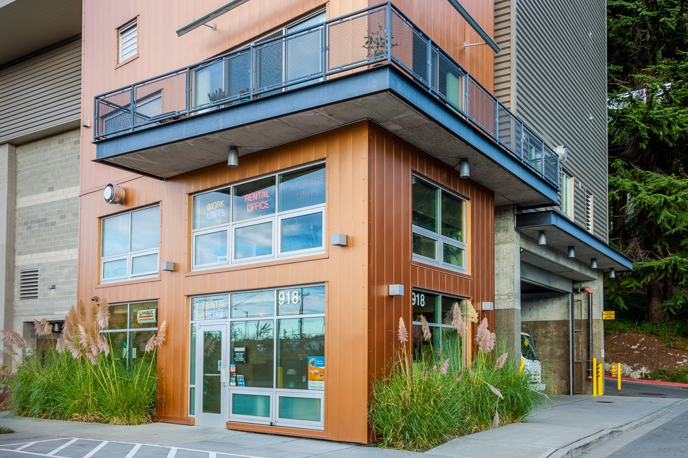 Entrance to Rainier self storage in Seattle, WA.