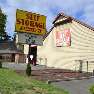 Highlands Park Renton, WA self storage facility