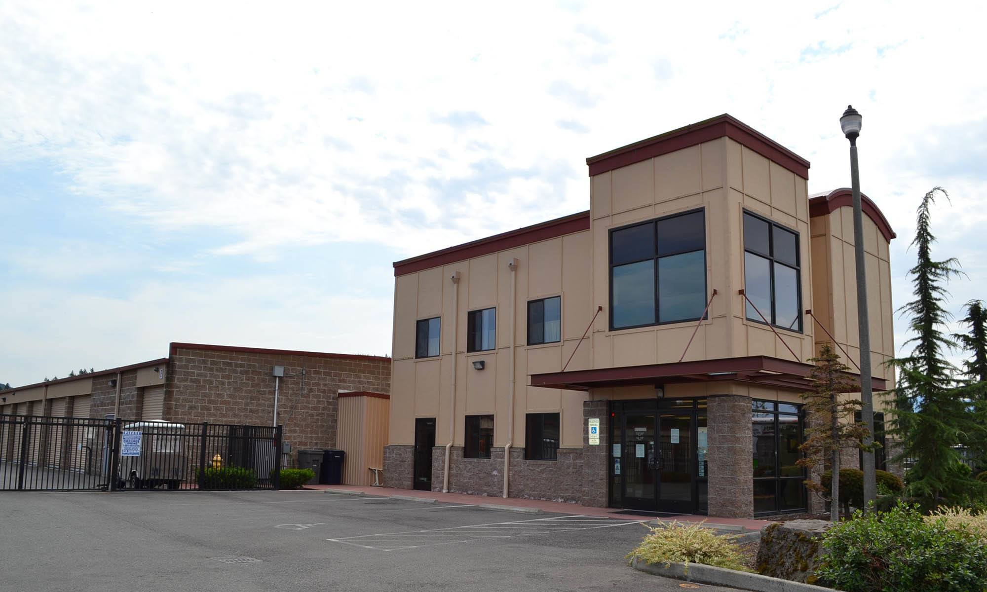 Exterior of self storage facility in Enumclaw, Washington
