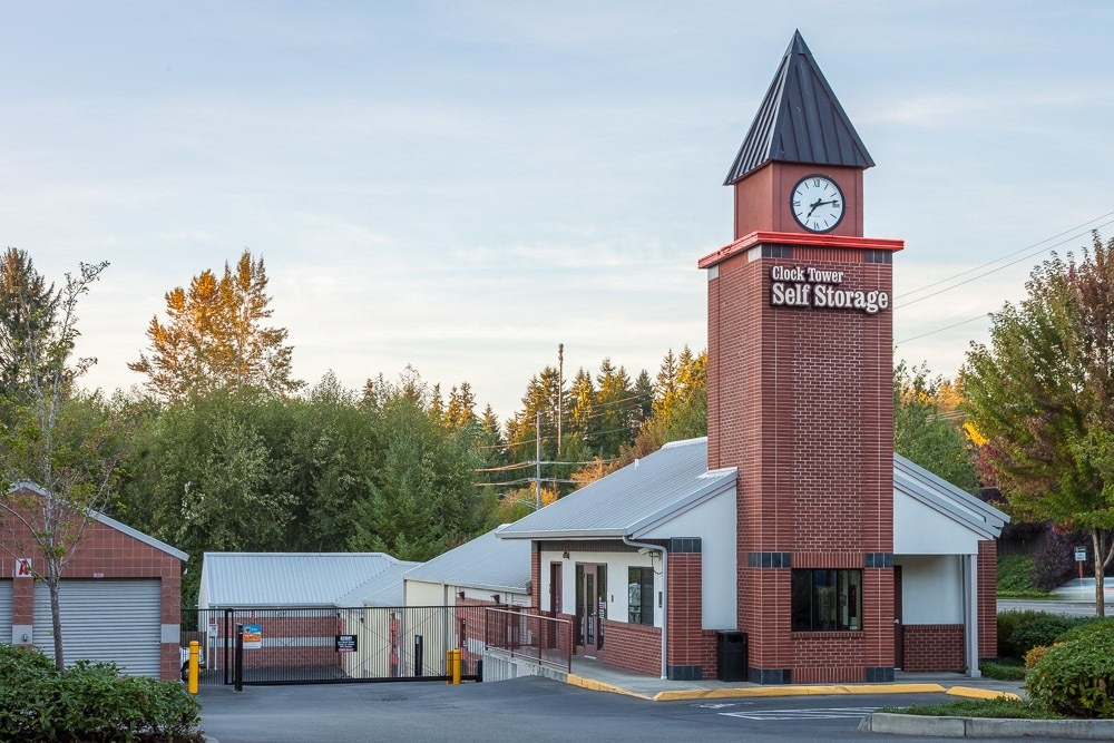 Welcoming and easy to find self storage facility in Mill Creek, Washington.