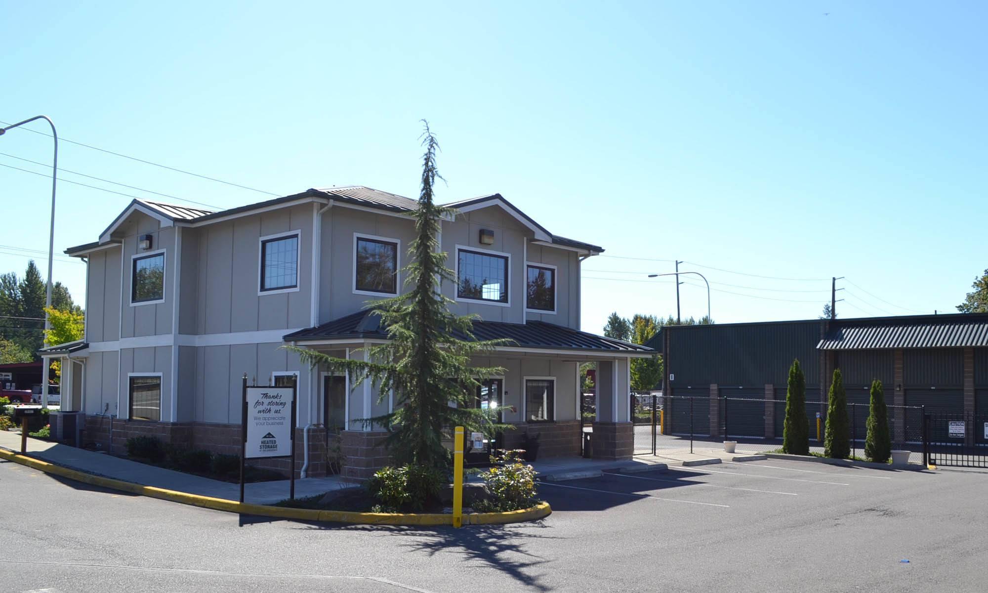 Exterior of self storage facility in Federal Way, Washington