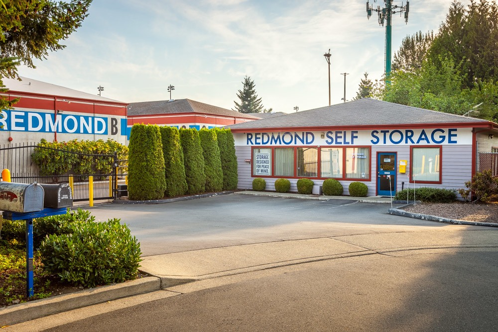 Exterior of self storage office in Redmond, WA