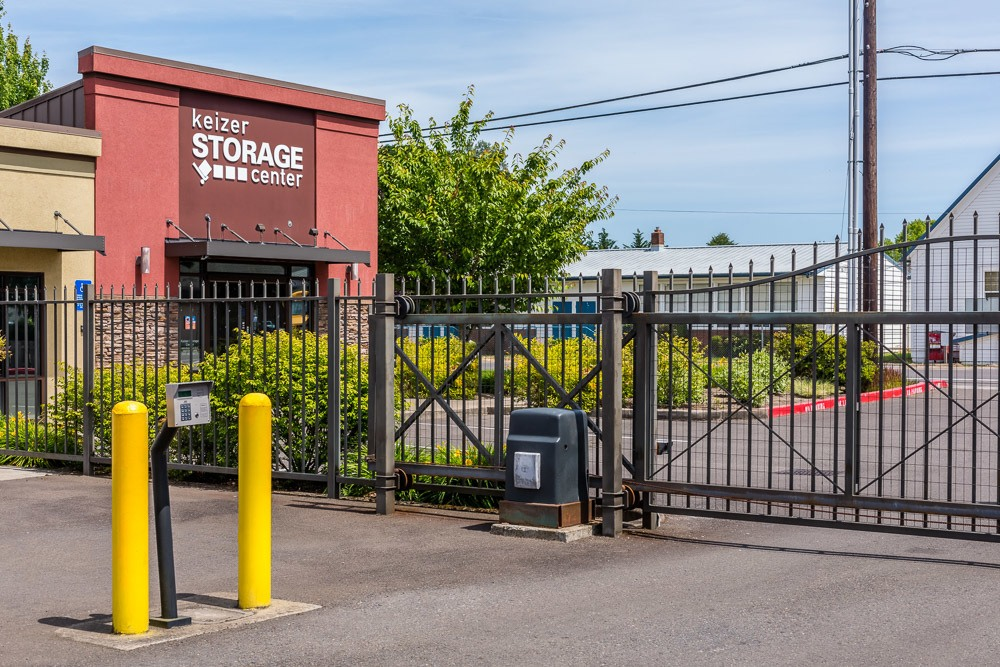 Superior ... Secured Gate To Keep Your Self Storage Safe In Keizer, OR ...