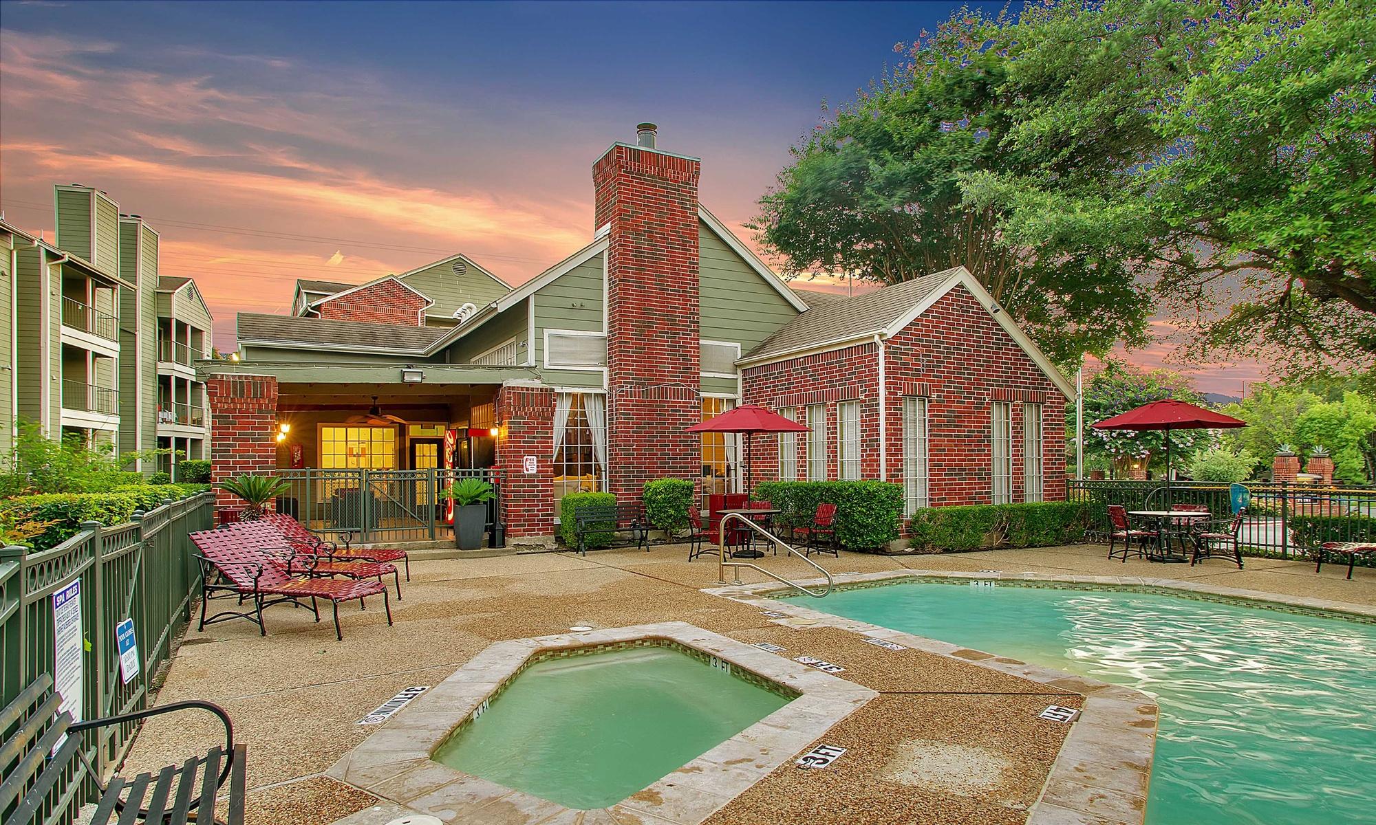 Bradford Pointe; Living in Austin, TX