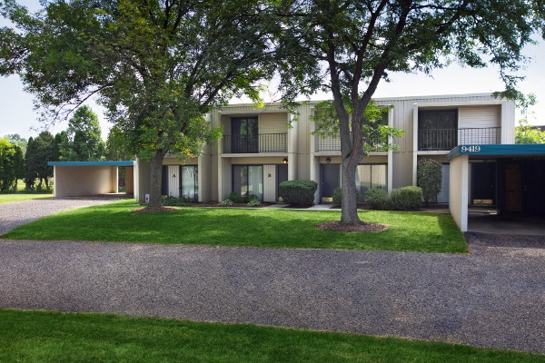 Whitewood Apartments for rent in Twinsburg, OH