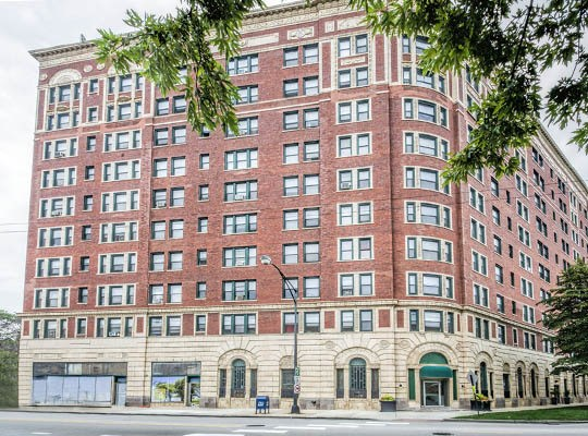 Visit the 7100 South Shore Drive Apartments website