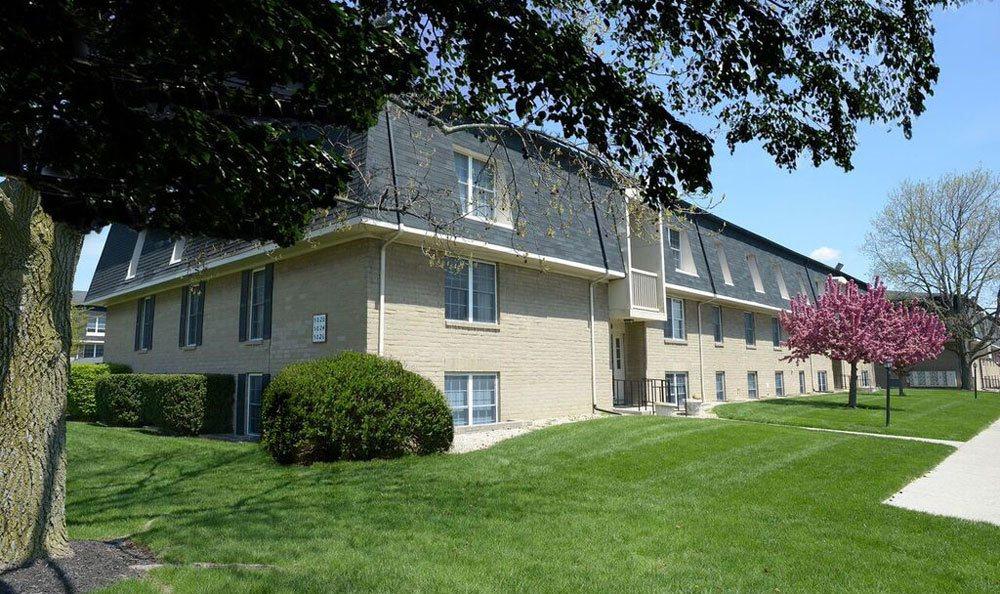 Exterior of the apartments at The Edge At Arlington