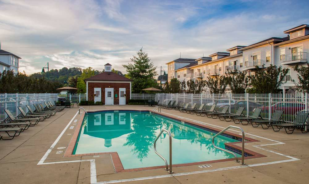 Swimming pool at The Docks Apartments