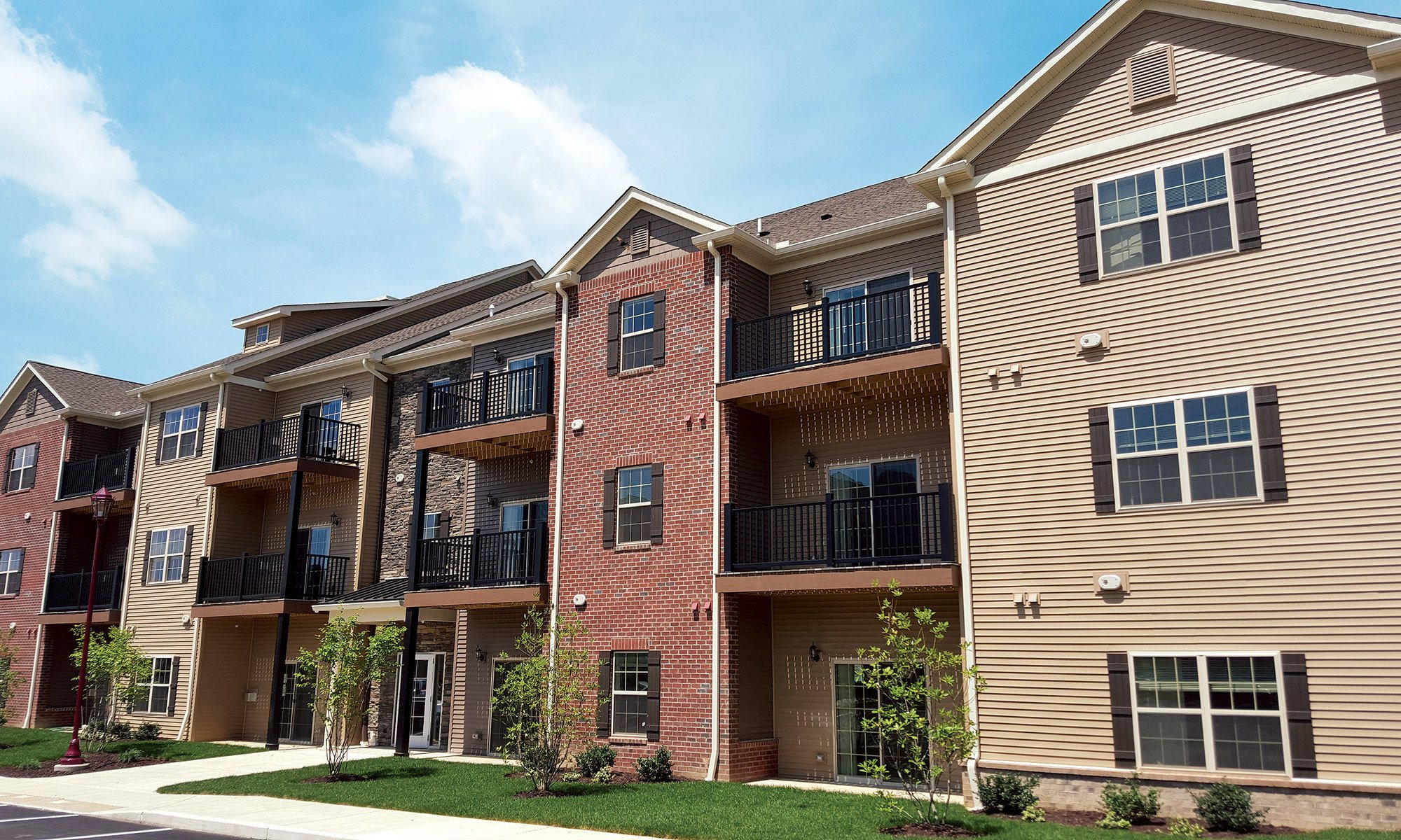 Luxury apartment living in Cranberry Township, at Eden Square Apartments