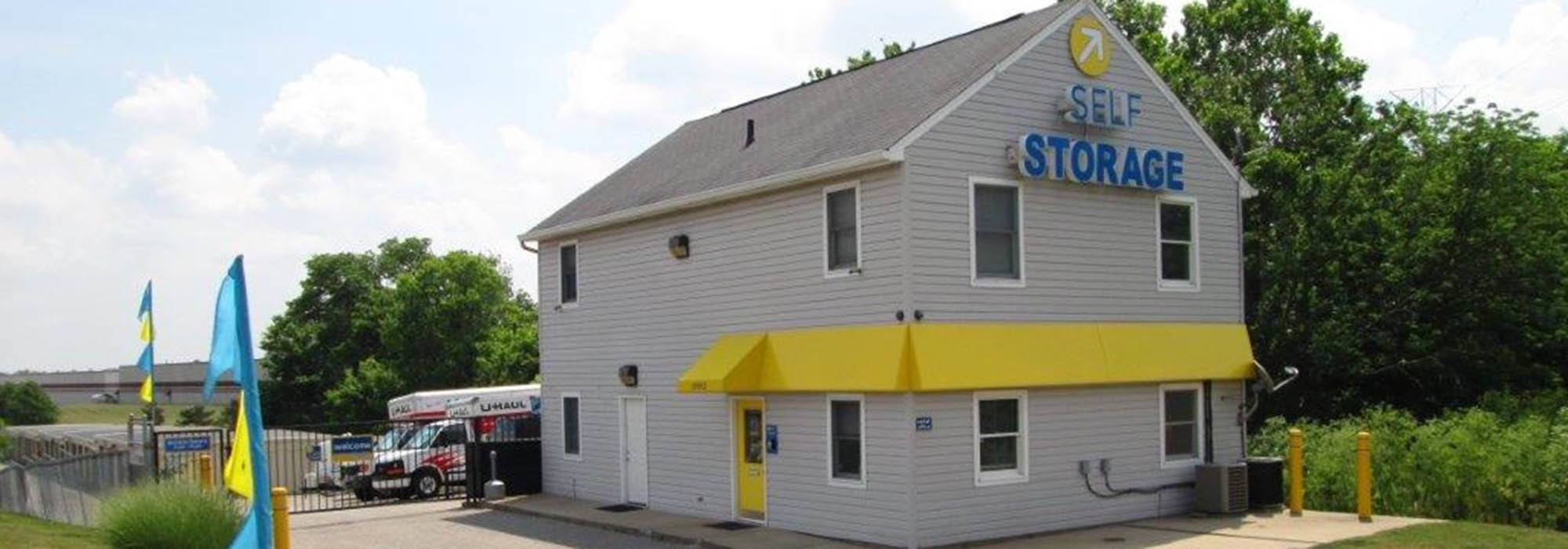 Exterior of Compass Self Storage in Hebron KY