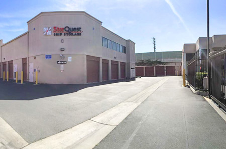 Easy Self Storage at StorQuest Self Storage in Long Beach, CA
