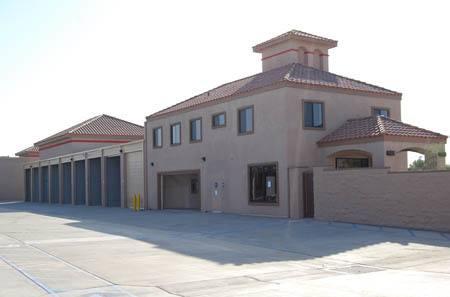 Self storage building exterior in Indio