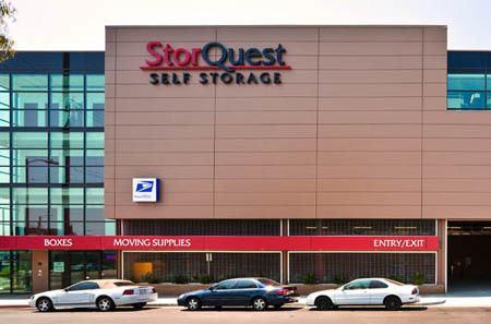 Self storage building exterior in Los Angeles