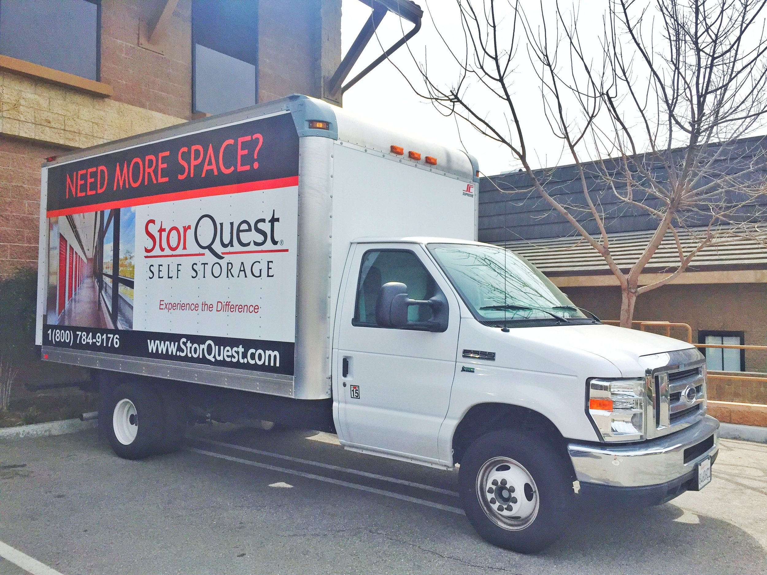 Thousand Oaks self storage moving truck