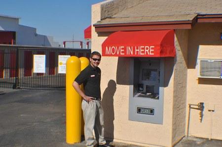 Self storage kiosk in Phoenix
