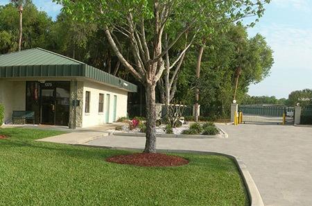New Smyrna Beach self storage facility entrance