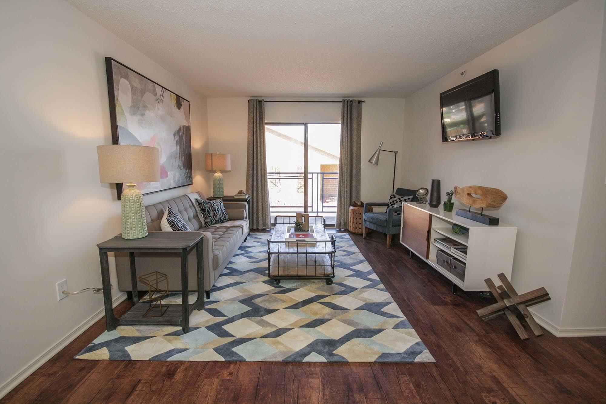 Southeast marietta ga apartments for rent the grandstand - Cheap 2 bedroom apartments in marietta ga ...