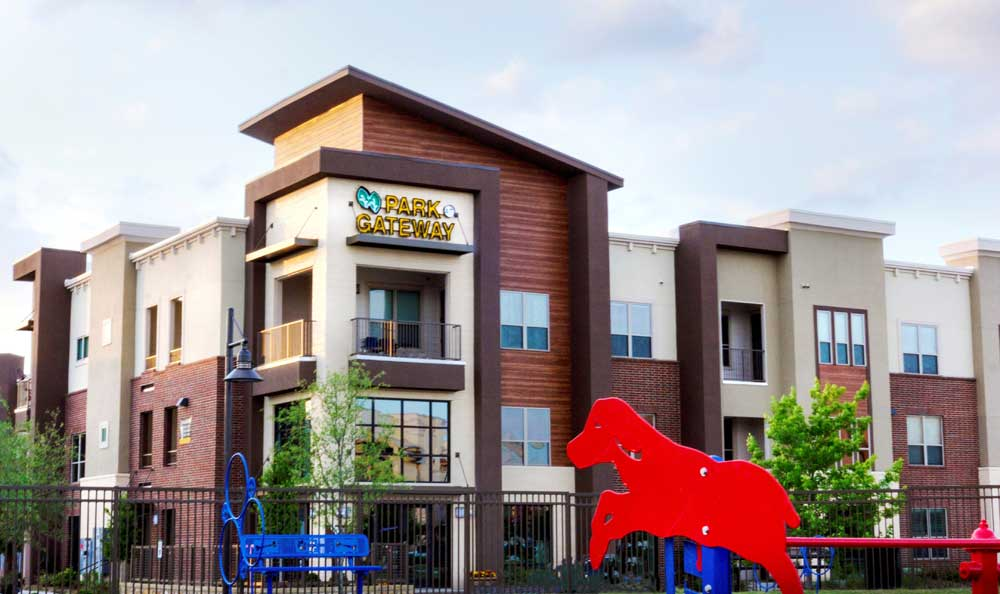 Building Exterior at Park at Gateway in Plano, TX