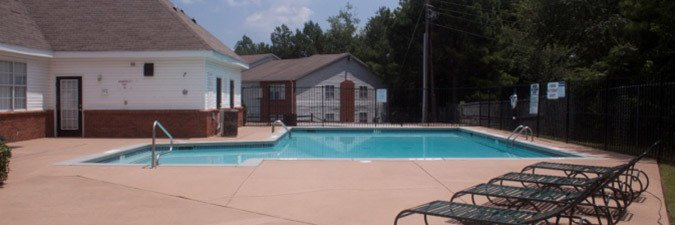 Tucker GA apartments offering a swimming pool