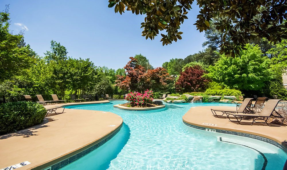 Smyrna apartments with a sparkling swimming pool