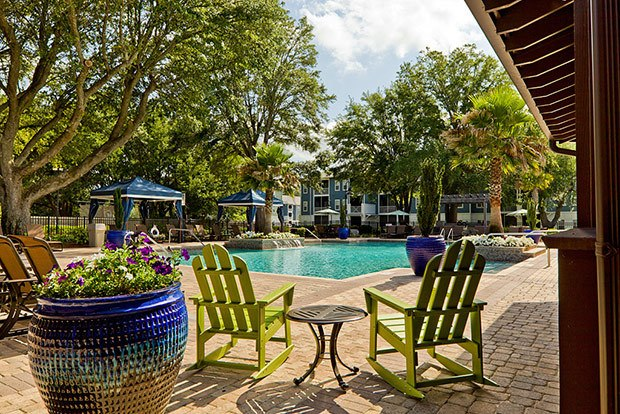 Residents of our Pensacola apartments can enjoy our beautiful swimming pool area