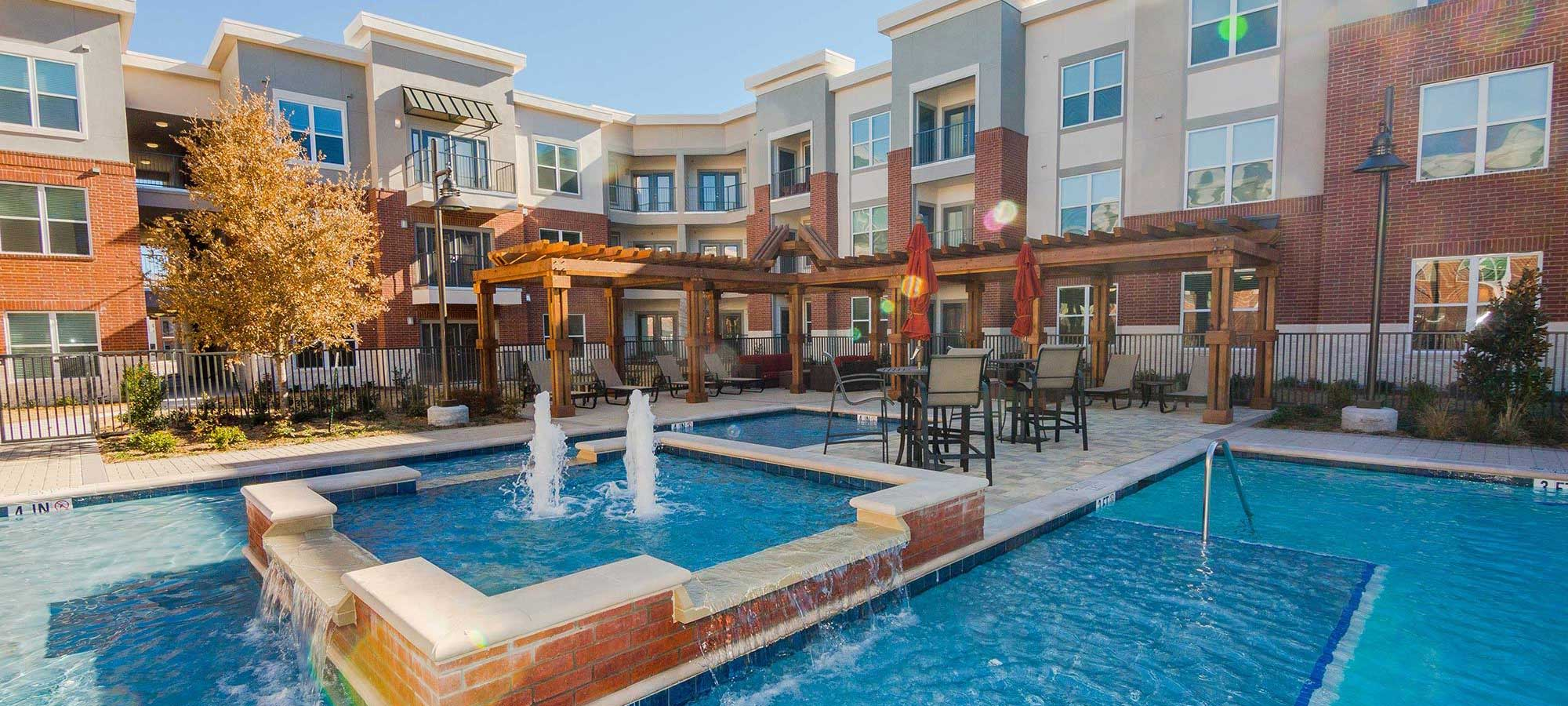 Creekwood Apartments Plano Tx