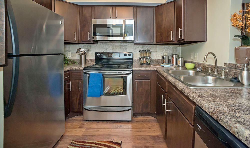 Downtown atlanta ga apartments for rent city plaza for W kitchen downtown atlanta