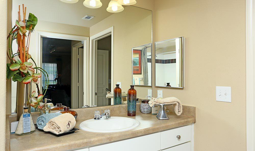 Bathroom at the apartments for rent at Sorrento at Tuscan Lakes
