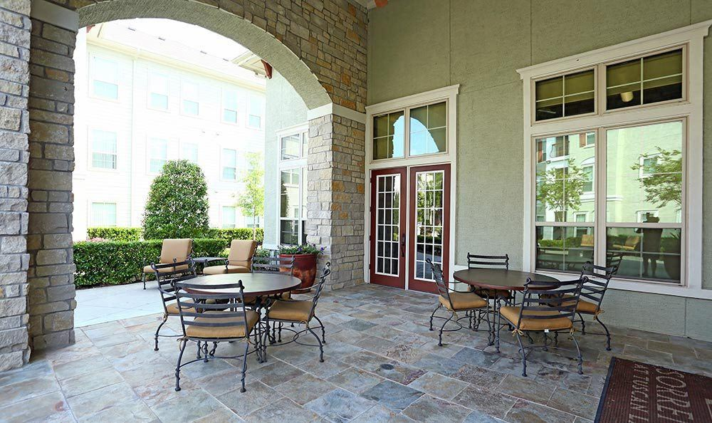 Outdoor patio and BBQ at Sorrento at Tuscan Lakes