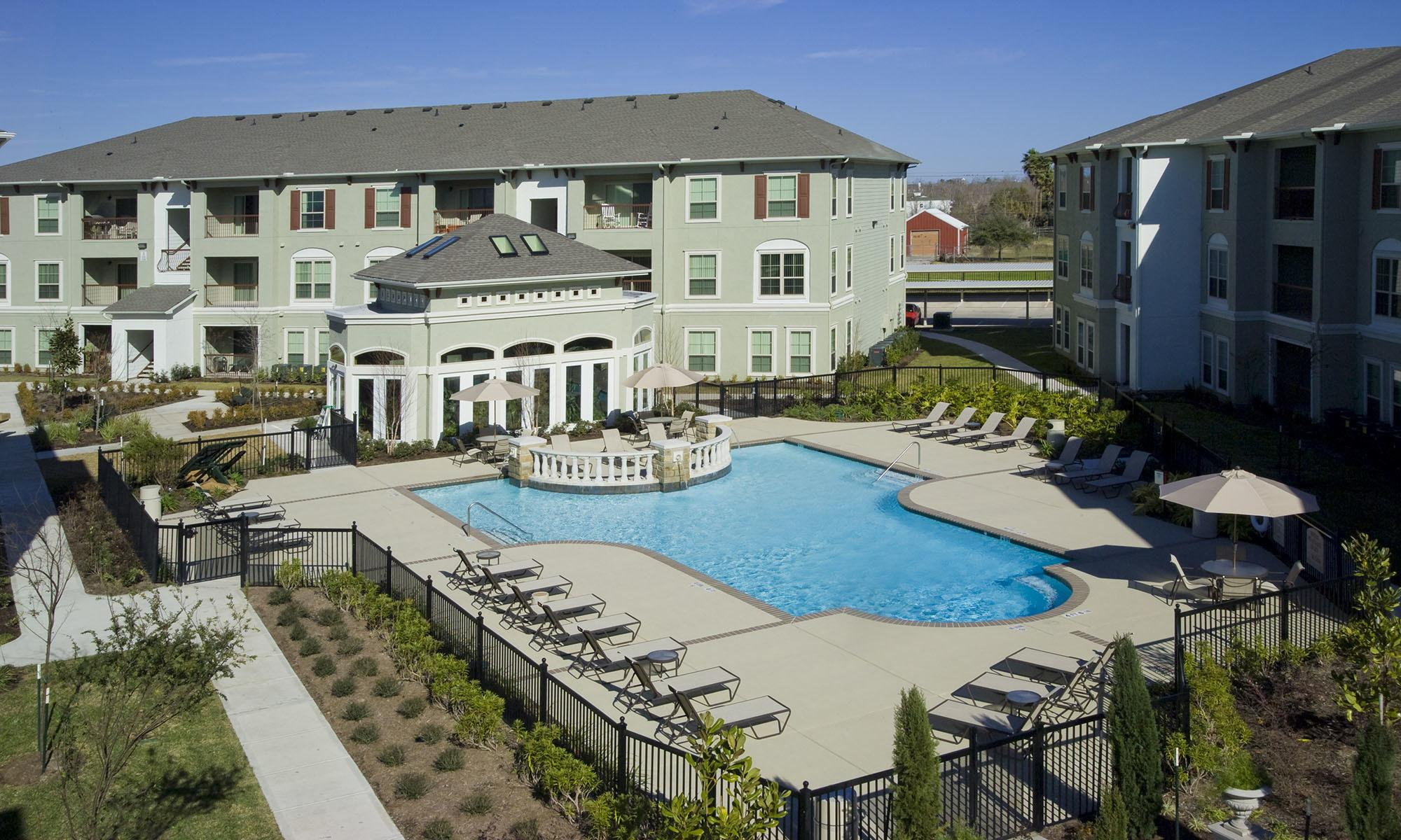 League City Tx Apartments For Rent Sorrento At Tuscan Lakes