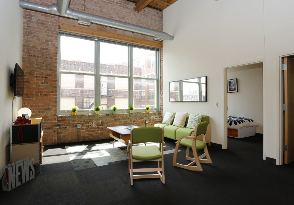 commons area at the automatic lofts in chicago il