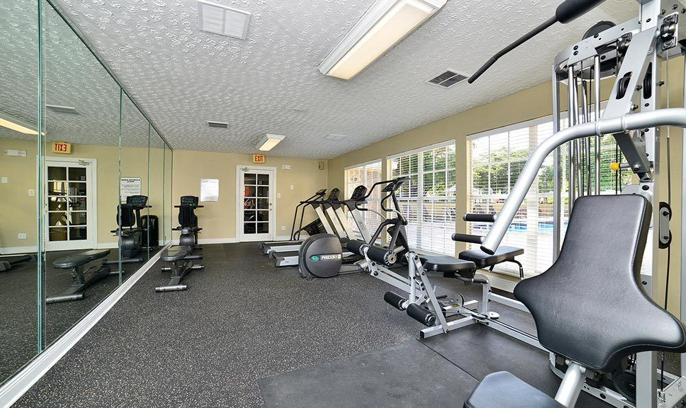 Fitness center at Palmetto Place Apartments in Miami.