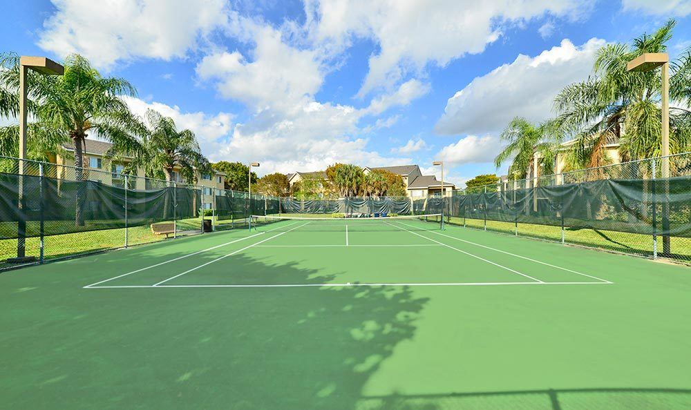Tennis court at Palmetto Place Apartments in Miami.