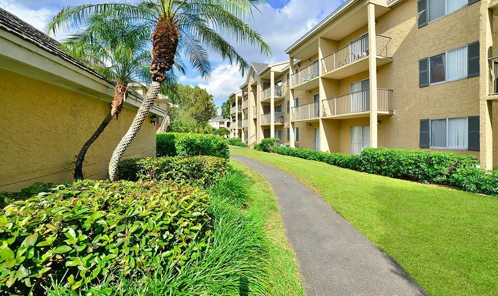 Walking path at Palmetto Place Apartments in Miami.