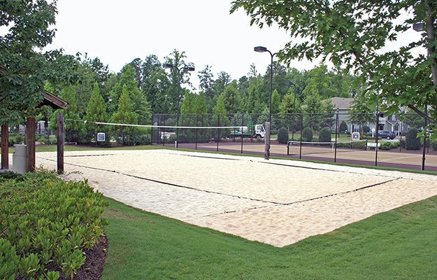 Even our sand volleyball court is well-maintained and inviting. Schedule your tour of The Vinings at Newnan Lakes today!