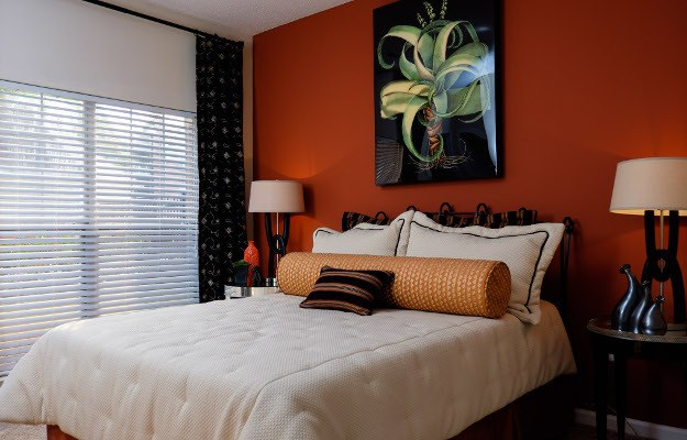 raleigh  When the day is done  your expansive bedroom awaits in your  new apartment home at. Crabtree Valley Raleigh  NC Apartments for Rent   Mariners Crossing