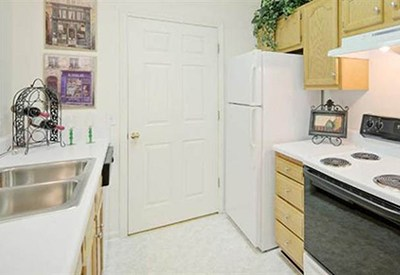 You'll find that the kitchen at your new apartment home at Highbrook has all the conveniences you need.