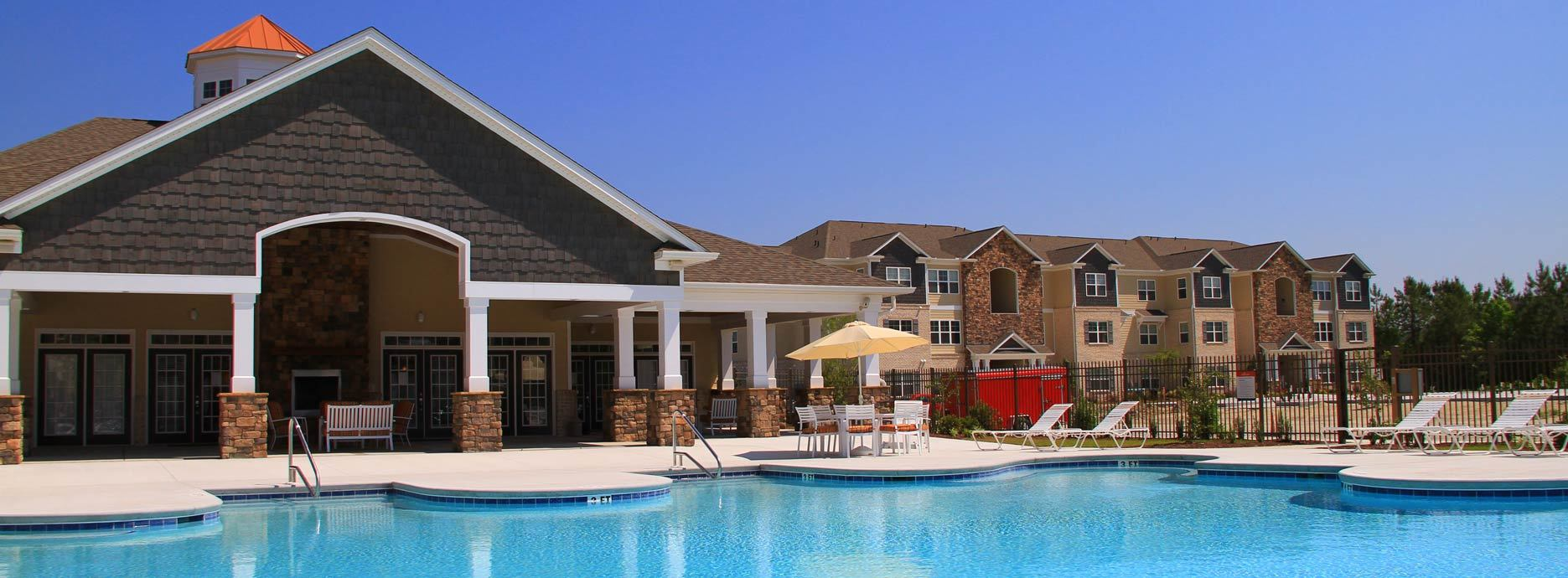 Jacksonville apartments large pool area just for you