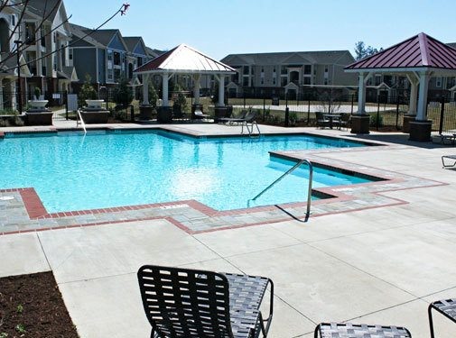 Large swimming pool area at the apartments in Fayetteville