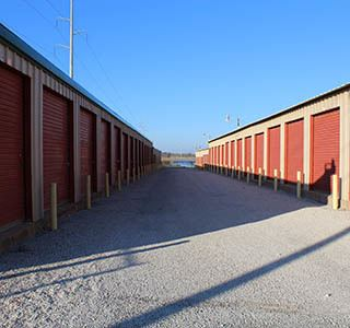 Ganbury Storage With Large Driveways