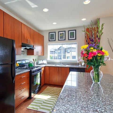 Enjoy spacious floorplans at Sunset Crossing near Portland