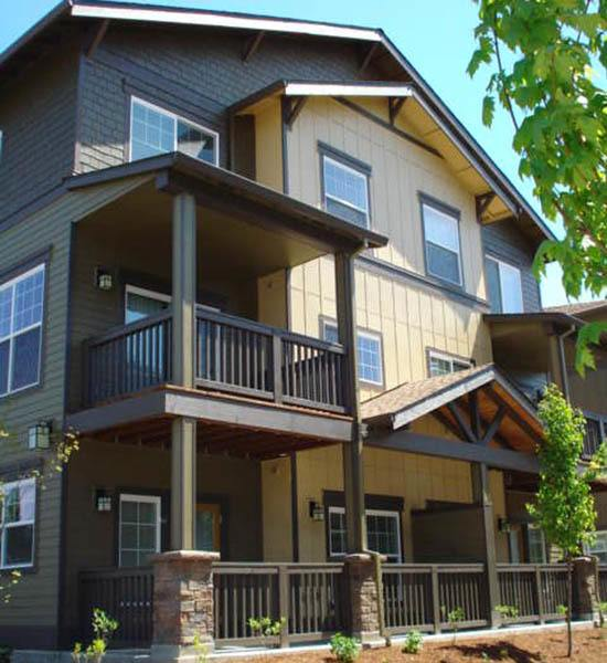 Live among craftsman style architecture at Sunset Crossing apartments.